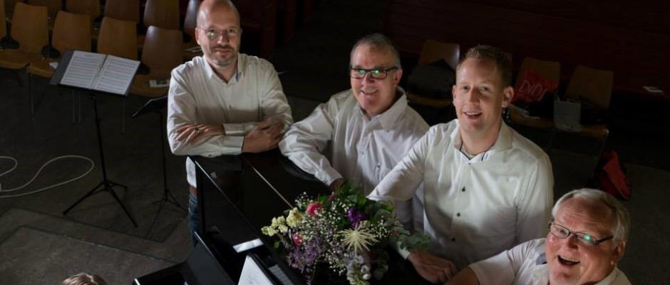 Kerkdienst 't Bouwhuis m.m.v. mannenkwartet Pacem